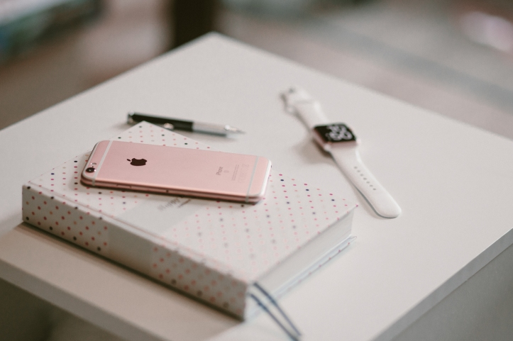 Rosegold_iPhone2